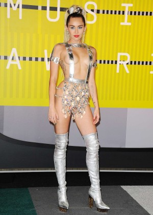 Miley Cyrus: 2015 MTV Video Music Awards in Los Angeles [adds]-52
